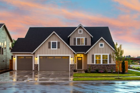 Why Your Garage Door Displays What Type Of Homeowner You Are
